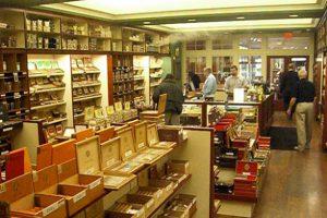 holts-cigar-company-interior-600